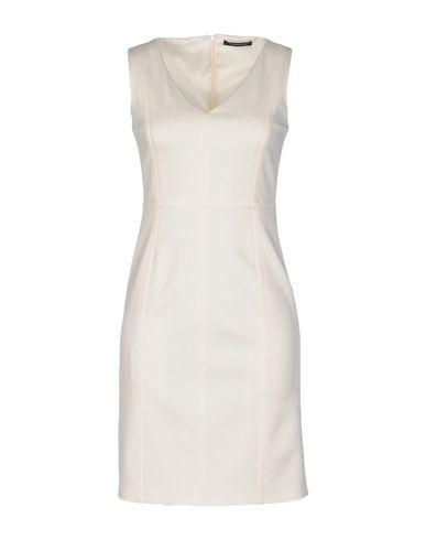 Короткое платье STRENESSE 34708096DH