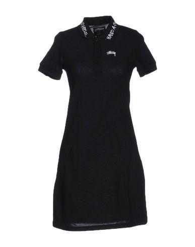 Короткое платье STUSSY 34708140FC