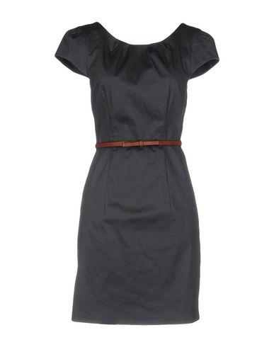 Короткое платье VERO MODA 34708912TM