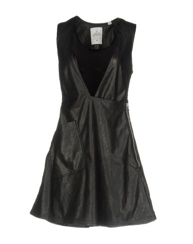 Короткое платье CHEAP MONDAY 34716126OS