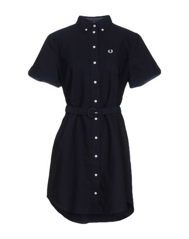 Короткое платье FRED PERRY 34718947RE