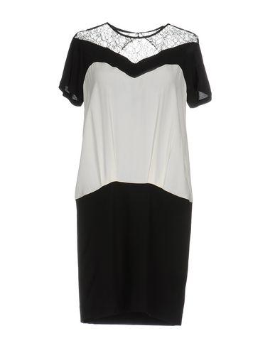 Короткое платье SANDRO. Цвет: черный
