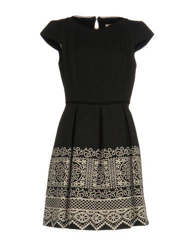 Короткое платье NAF NAF 34737537UW