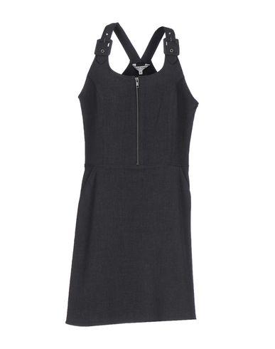 Короткое платье NAF NAF 34738487VT