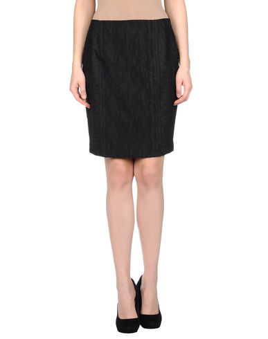 T-TAHARI - Knee length skirt