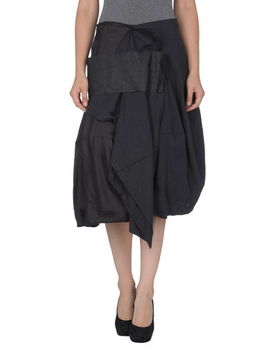 RUNDHOLZ - 3/4 length skirt