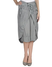 HIGH - 3/4 length skirt