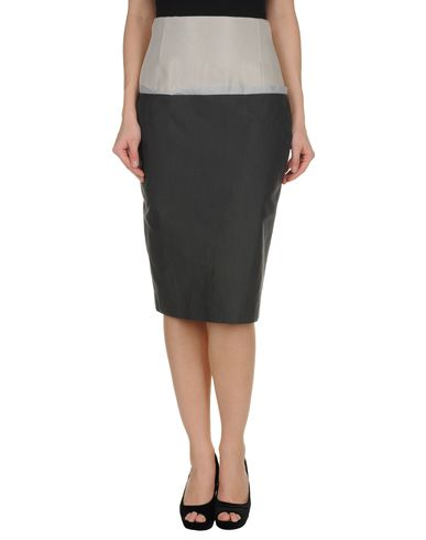 HAUTE - 3/4 length skirt