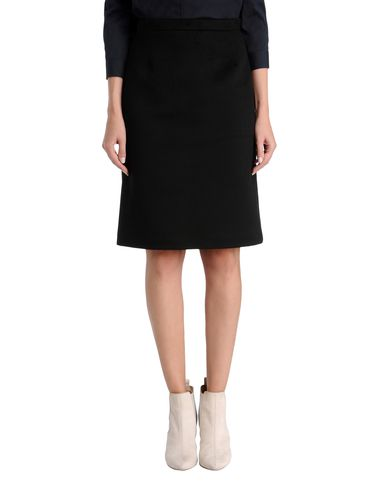 Classic Tailored Cashmere Skirt