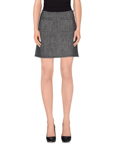 isa-arfen-mini-skirt-female