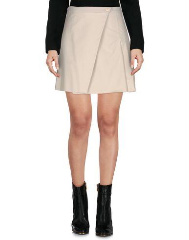 rebel-queen-mini-skirt-female