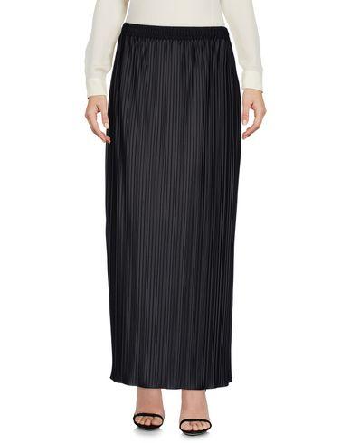 view-long-skirt-female
