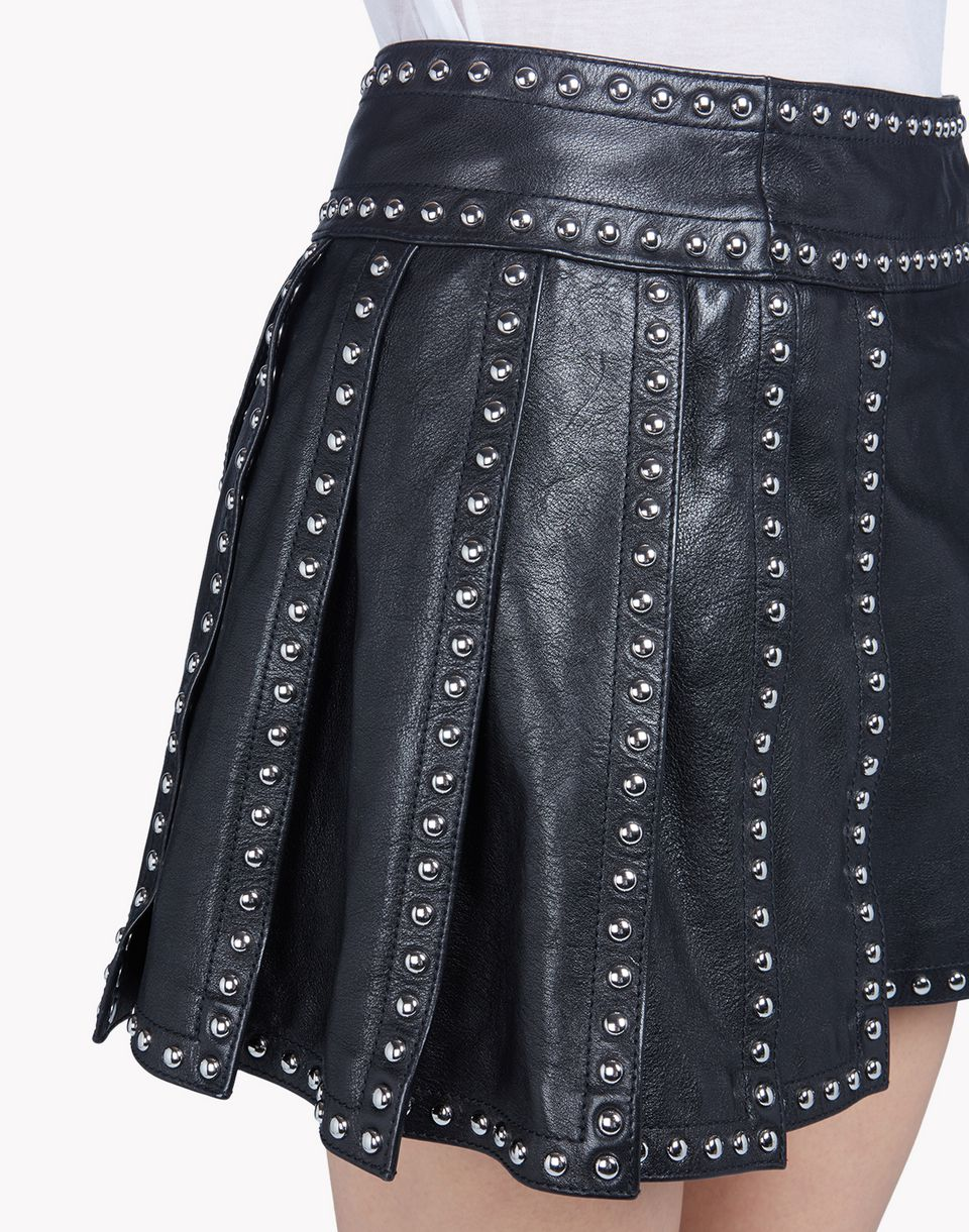 Maje - Jarisco Studded Leather Skirt xianggangdishini.gq, offering the modern energy, style and personalized service of Saks Fifth Avenue stores, in an enhanced, easy-to-navigate shopping experience.