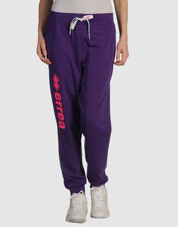 ERREÀ - ROPA DEPORTIVA - Pantalones deportivos en YOOX.COM