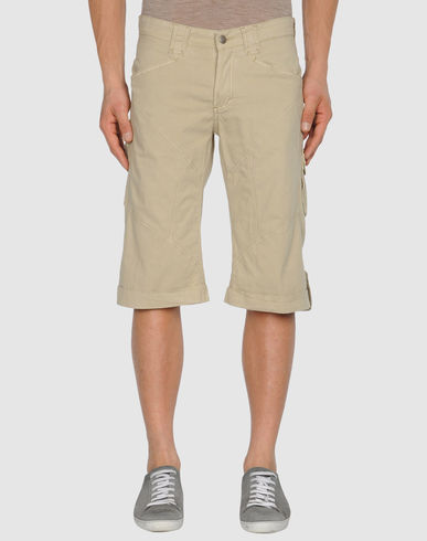 9.2 BY CARLO CHIONNA - 3/4-length short