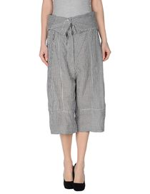RUNDHOLZ - 3/4-length short