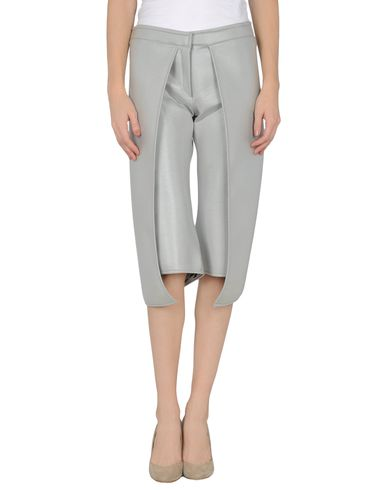 GARETH PUGH - 3/4-length short