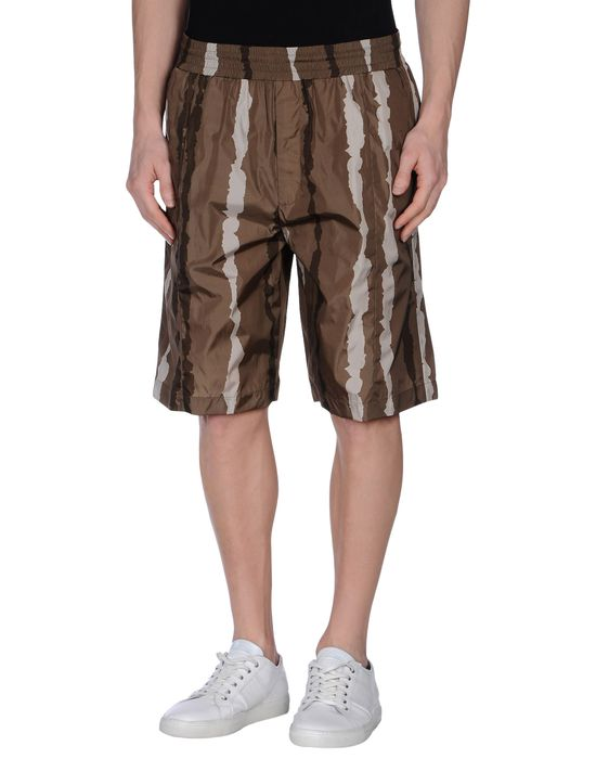 все цены на  NEIL BARRETT Пляжные брюки и шорты  в интернете