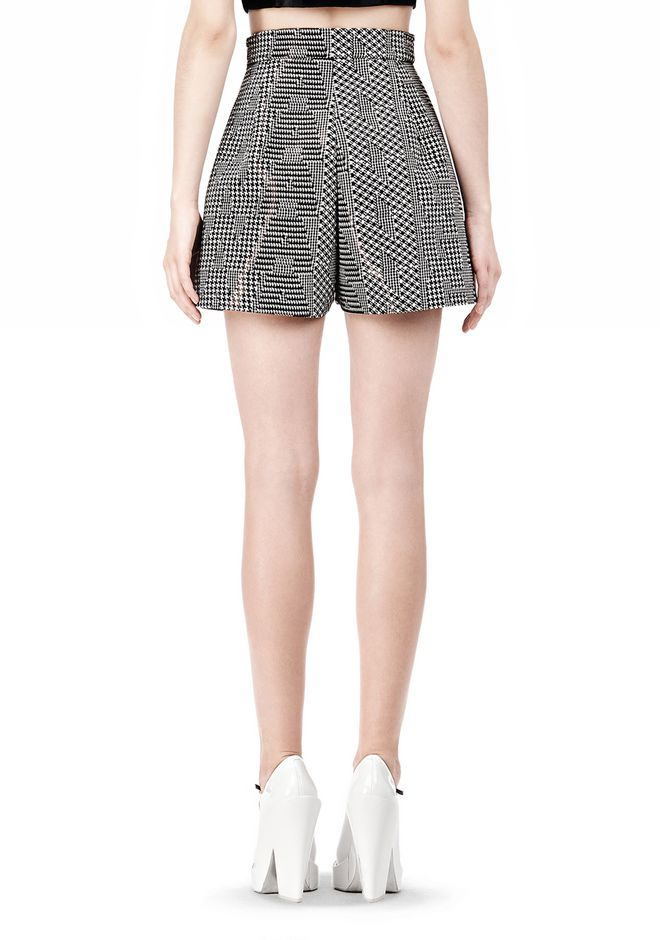 A-LINE SHORT WITH SEAMED IN POCKET