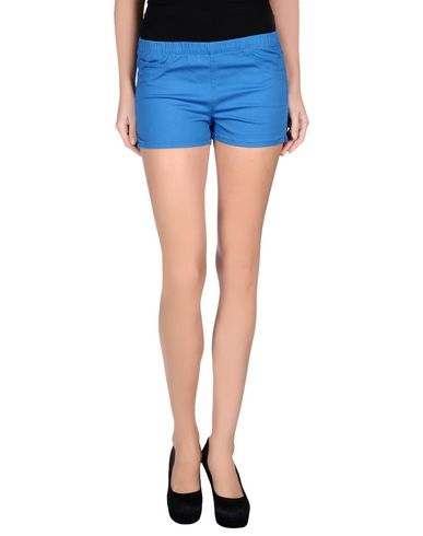 Foto PIECES Shorts donna