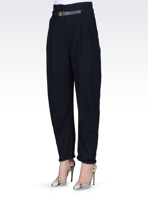 TROUSERS IN WOOL CRÊPE: Pants with tucks Women by Armani - 3