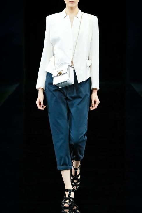 TROUSERS IN WOOL CRÊPE: Pants with tucks Women by Armani - 2