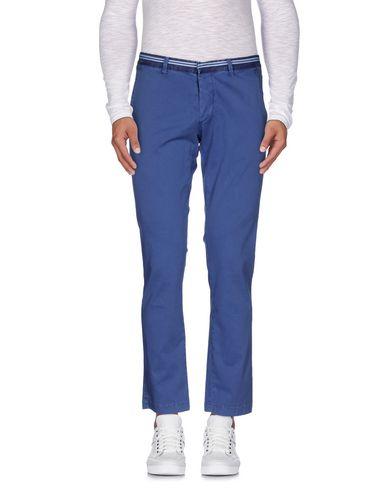 Повседневные брюки ALESSANDRO DELL'ACQUA 36762944RX