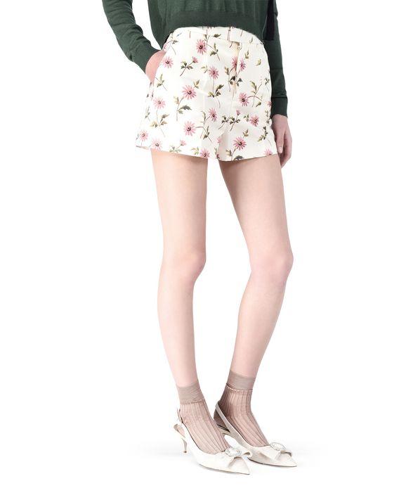 REDValentino KR0RF0D0295 A03 Shorts Woman d