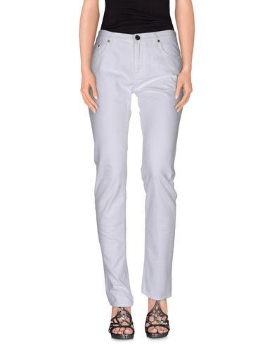 Джинсовые брюки BURBERRY LONDON 36815221TO