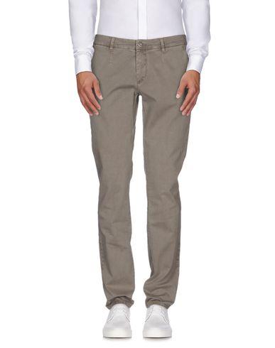 Повседневные брюки ALESSANDRO DELL'ACQUA 36838081NT