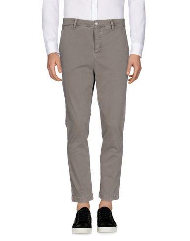 Повседневные брюки ALESSANDRO DELL'ACQUA 36894313BP