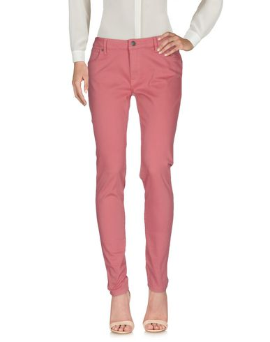 Повседневные брюки BURBERRY 36935207JN