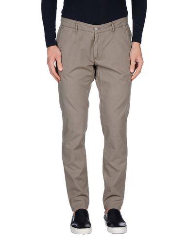 Повседневные брюки ALESSANDRO DELL'ACQUA 36937496LU