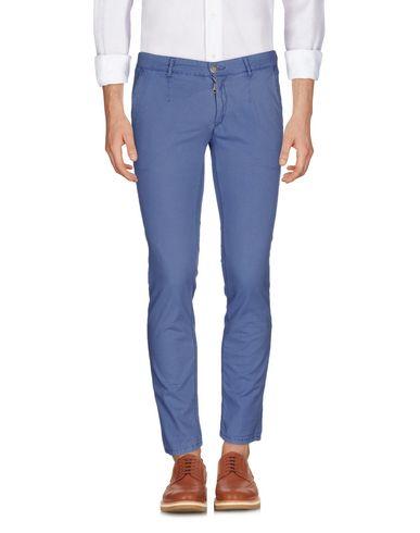Повседневные брюки ALESSANDRO DELL'ACQUA 36937496TA