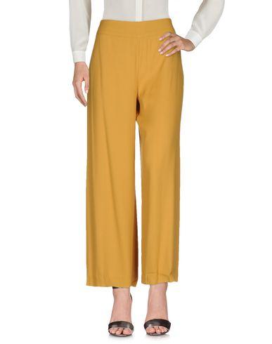 Повседневные брюки ROBERTO COLLINA 36939013IF