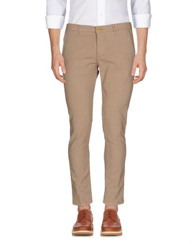Повседневные брюки 0/ZERO CONSTRUCTION 36946422UQ