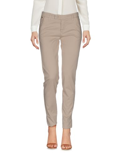 Повседневные брюки NERO GIARDINI 36950234HN
