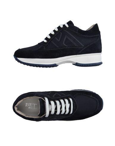 Низкие кеды и кроссовки BETTY 36951895AA