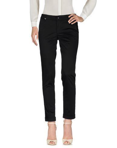 Повседневные брюки NERO GIARDINI 36952047DG