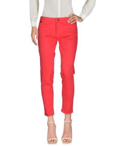 Повседневные брюки NERO GIARDINI 36952793EE