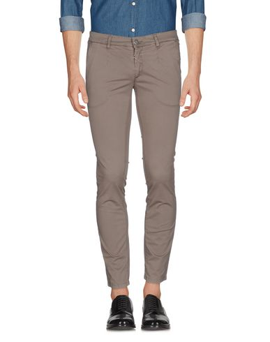 Повседневные брюки ALESSANDRO DELL'ACQUA 36972957CT