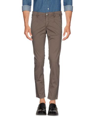 Повседневные брюки ALESSANDRO DELL'ACQUA 36973382SF