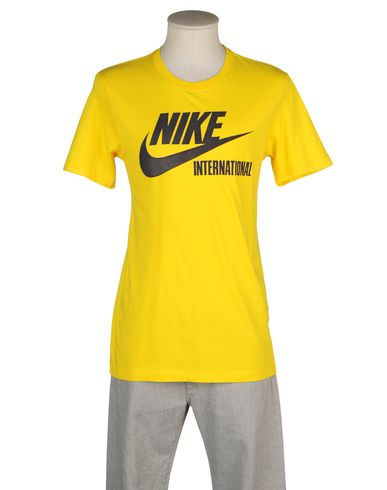 NIKE TRACK &amp; FIELD - T-shirt