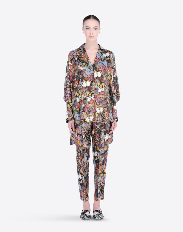 Cotton twill<br>Multicolor Pattern<br>Lapel collar<br>Two pockets<br>Button closing<br>Side slit hemline<br>Long sleeves<br> Women 37577531OF