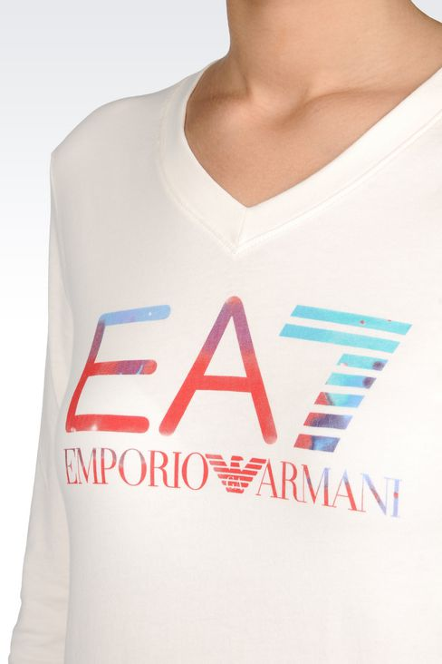 V-NECK T-SHIRT IN STRETCH COTTON WITH LOGO PRINT: Long sleeved t-shirts Women by Armani - 5