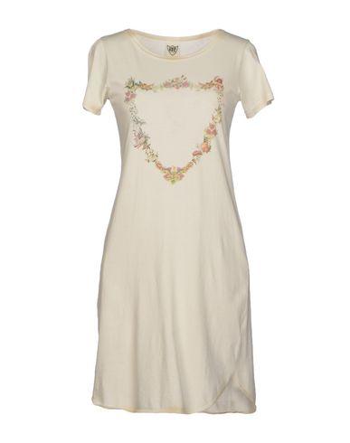 Короткое платье HTC 37606877VD