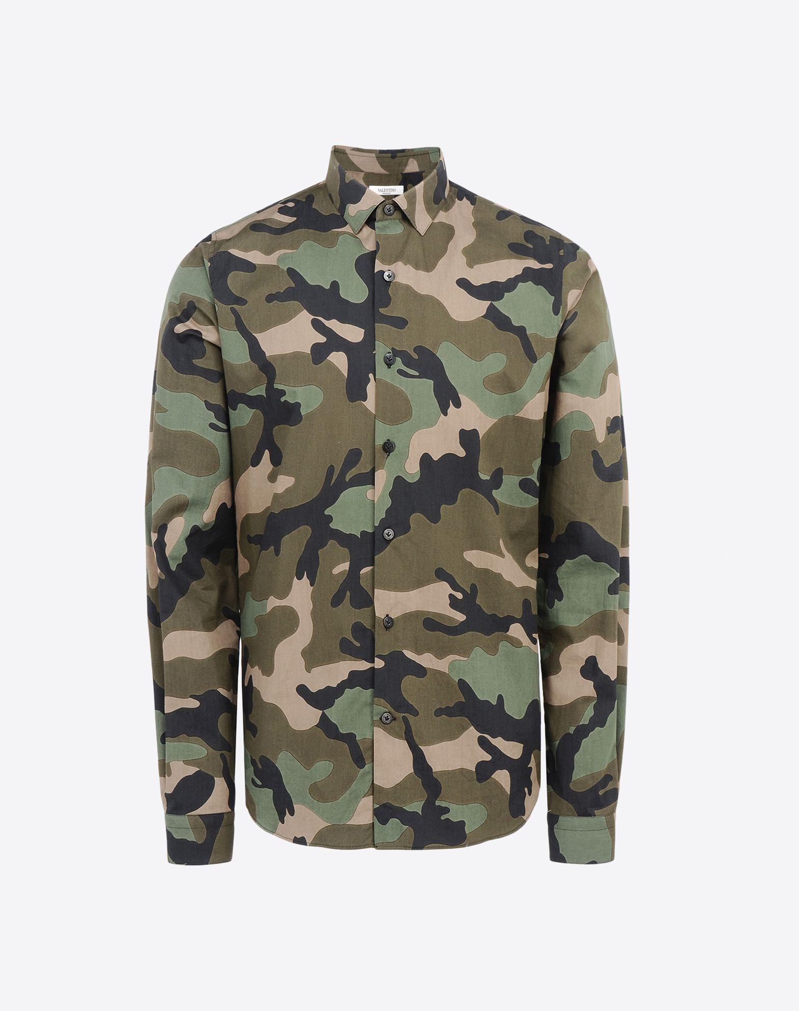 chemise camouflage militaire chemises homme valentino uomo boutique en ligne valentino. Black Bedroom Furniture Sets. Home Design Ideas