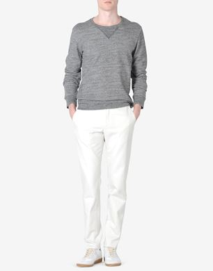 Sweatshirt with sheepskin elbow patches