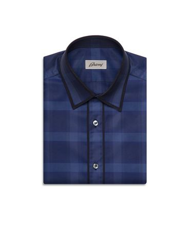 Shirt with contrast edging