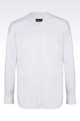 Armani Camicie maniche lunghe Uomo camicia in cotone con collo a v